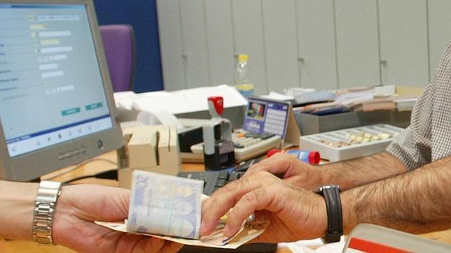 La banca a n tiene pendiente un recorte de oficinas for Buscador oficinas bancarias