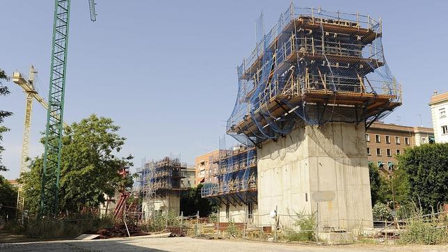 La Justicia obliga a la Universidad de Sevilla a derribar la biblioteca de Zaha Hadid