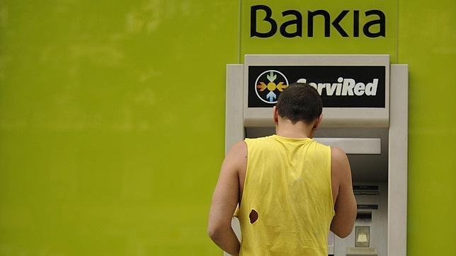 Sindicalistas ocupan una sucursal gaditana de bankia for Buscador oficinas bankia