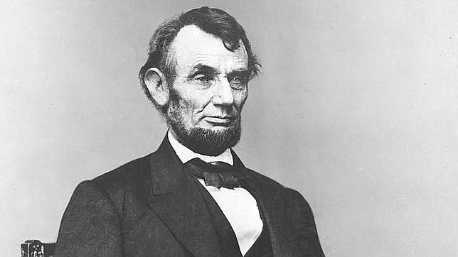 Descubren el informe del primer médico que atendió a Abraham Lincoln tras el atentado