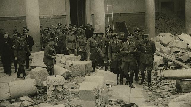 Arqueología en el resto del Mundo - Página 8 Himmler-alcazar-toledo-abc-22101940--644x362