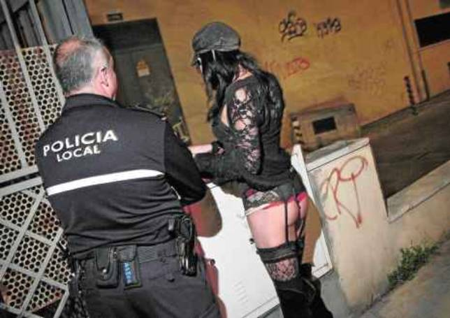 prostitutas callejeras en sevilla prostitutas follando videos