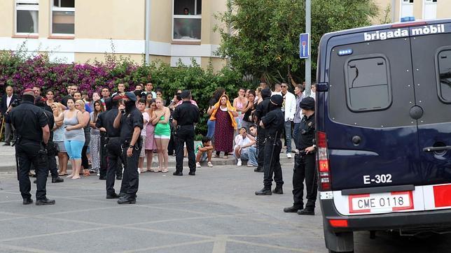 Una veintena de detenidos en una operaci n antidroga en for Trabajo en gava