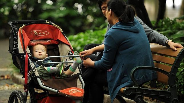 «Desaparece» el marido de la mujer china obligada a abortar a los siete meses