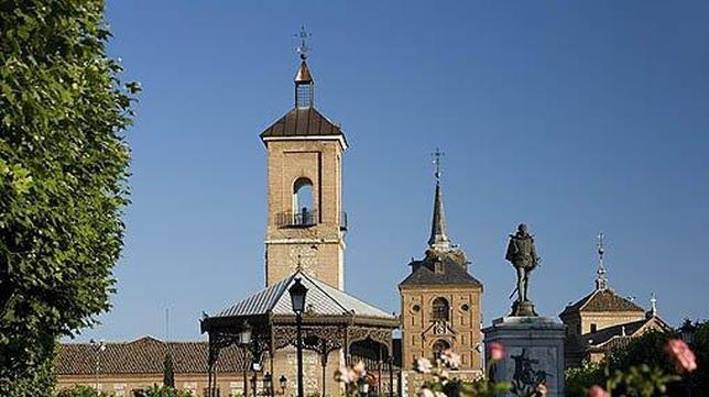 La torre de alcal de henares permanecer abierta a partir - Casas regionales alcala de henares ...