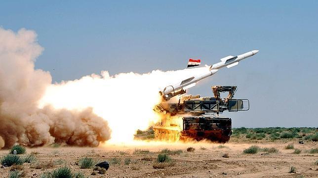 EE.UU. preocupado por los movimientos de arsenal químico del Gobierno sirio