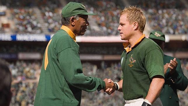Invictus»  Nelson Mandela en uniforme de rugby - ABC.es 064d3d86efcf7