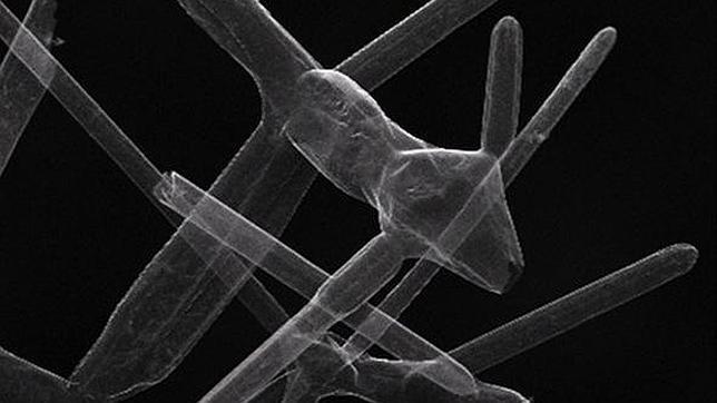 Crean el material más ligero del mundo, hecho de un 99,99% de aire