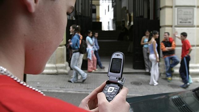 Privacidad de datos en al telefonía móvil Movil--644x362