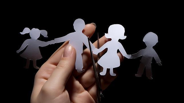 El número de divorcios desciende a niveles de 2002 debido a la crisis