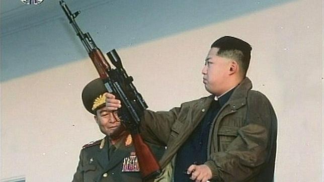 Kim Jong Un retirará al Ejército del control de la economía