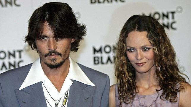 Johnny Depp quiere reconciliarse con Vanessa Paradis