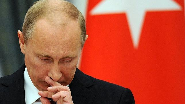 Putin firma la ley que considera «agentes extranjeros» a las ONG con financiación extranjera