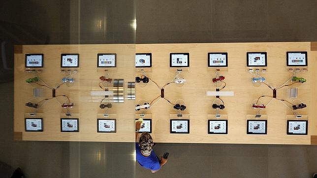 Apple abre en el centro de Barcelona la tienda más grande del sur de Europa