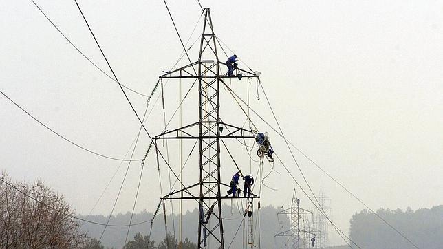 Las facturas de la luz subirán más de un 10% en los próximos cinco meses
