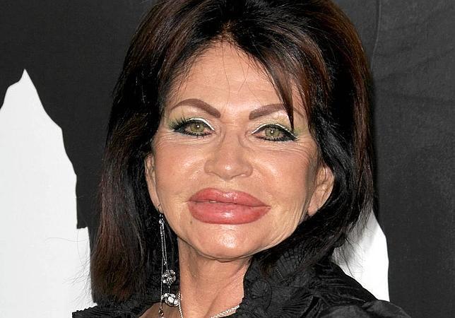 Jackie Stallone, de 90 años, estrena labios en la premiere ...