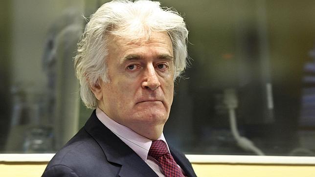 El exlider serbiobosnio Karadzic cree que el presidente griego es clave para su defensa