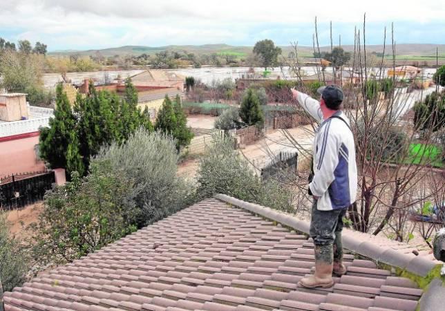 La Altea pide a Urbanismo tener agua corriente y alcantarillado