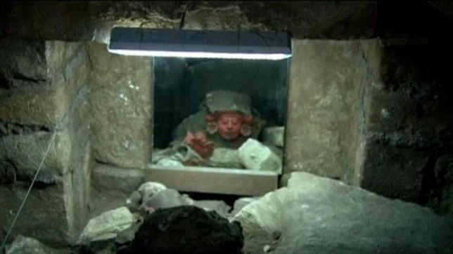 Encuentran una tumba zapoteca con más de 1.100 años de