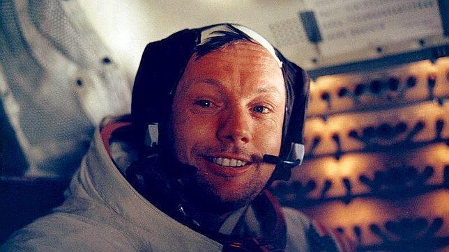 Muere Neil Armstrong, el primer hombre en pisar la Luna