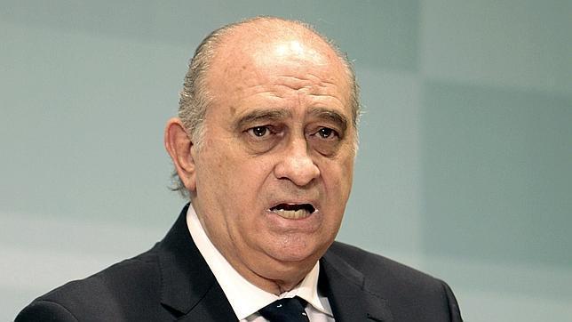 el ministro del interior jorge fern ndez d az durante