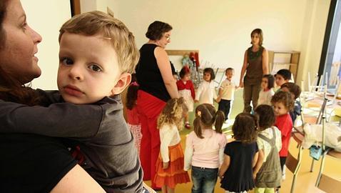 Un 30 % de los niños sufrirá ansiedad y apatía en «la vuelta al cole»