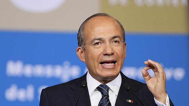 Calderón pide respaldar a Peña Nieto y seguir con la lucha contra el crimen
