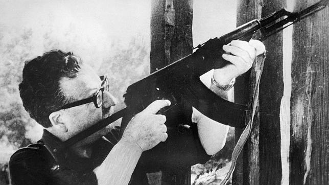 La Justicia chilena ratifica que Salvador Allende se suicidó