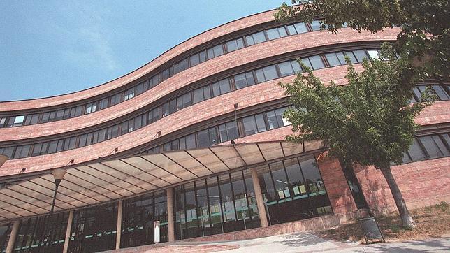 La primera universidad espa ola en el puesto 176 for Universidad de moda barcelona