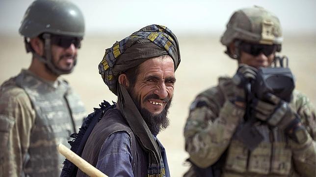 Los talibanes se hacen pasar por mujeres en Facebook para robar secretos militares