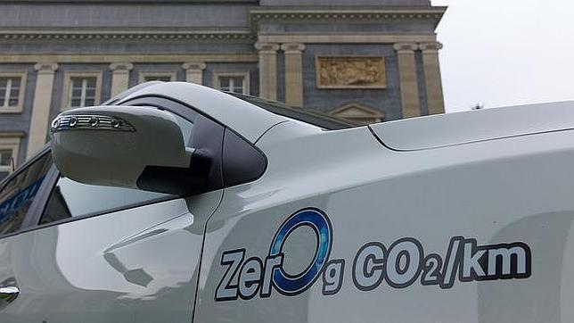 Siete coches recorren Europa para demostrar la viabilidad de la «pila de combustible»