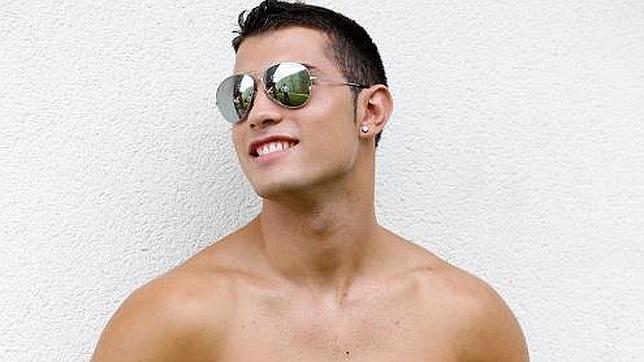 de1c65841c Este joven madrileño de 19 años aspira a adentrarse en el mundo de la moda.  Tiene una buena planta, pero de momento su mejor carta de presentación  surge ...