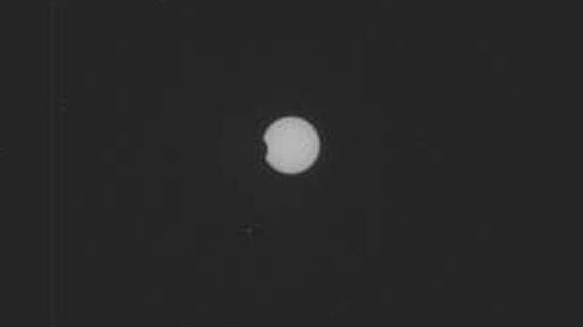 El Curiosity capta un eclipse solar desde Marte