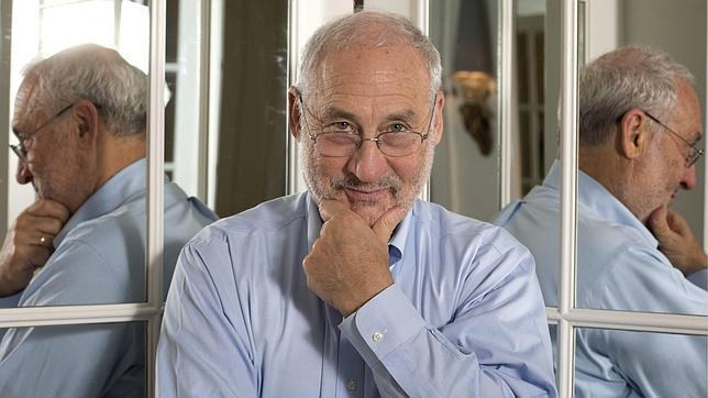 critique responding to stiglitz His 1967–68 critique of expected inflation is endogenous, responding adaptively to errors in expectations (stiglitz et al.