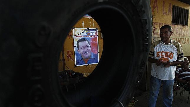 La oposición exige a Chávez explicaciones sobre los comandos armados