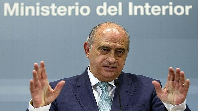 El ministro del interior jorge fern ndez d az for Nombre del ministro del interior actual