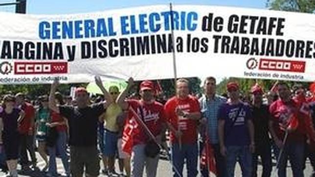 Los trabajadores de general electric protestan en la - General electric madrid ...