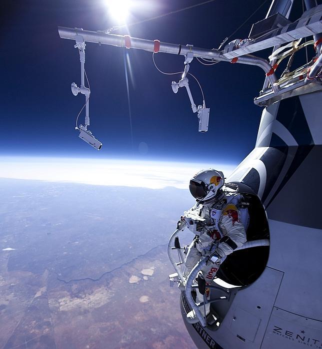 Felix-Baumgartner--644x700.jpg
