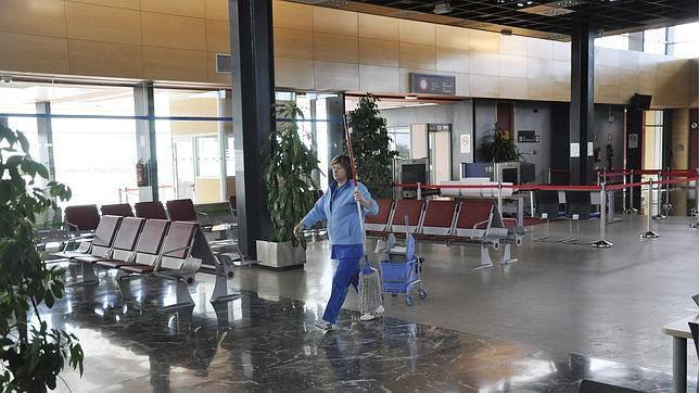 El aeropuerto de Huesca crece un 1.575% en septiembre al recibir... 67 pasajeros