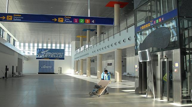 La ue sentencia al aeropuerto de castell n - Interior de castellon ...