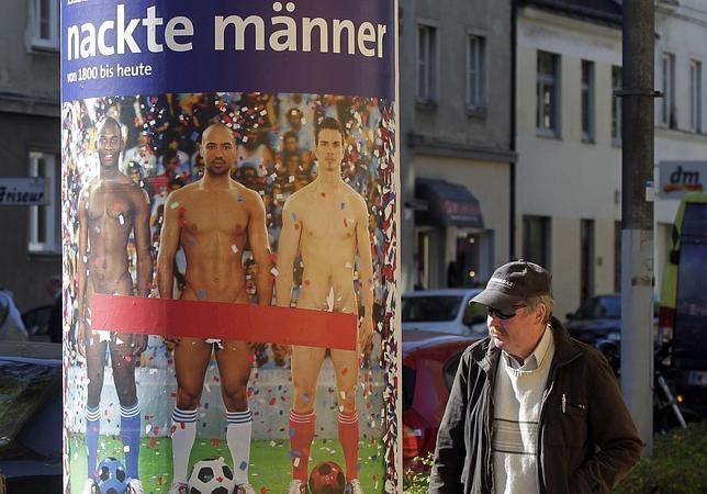 El Museo Leopold tapa los genitales masculinos en los anuncios de una exposición
