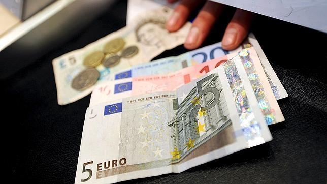 Hasta euros se pueden sacar legalmente de espa a for Cuanto dinero se puede sacar del cajero