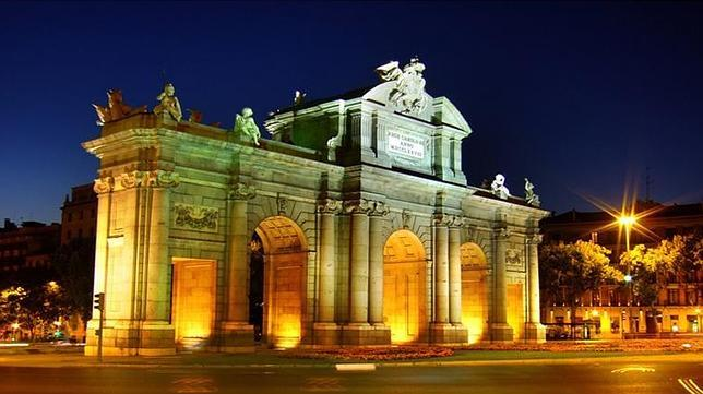 La puerta de alcal es uno de los iconos de la capital de - La puerta de alcala ...