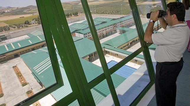 Un preso de la c rcel de mor n de la frontera agrede a cuatro funcionarios - Fotos de moron de la frontera ...