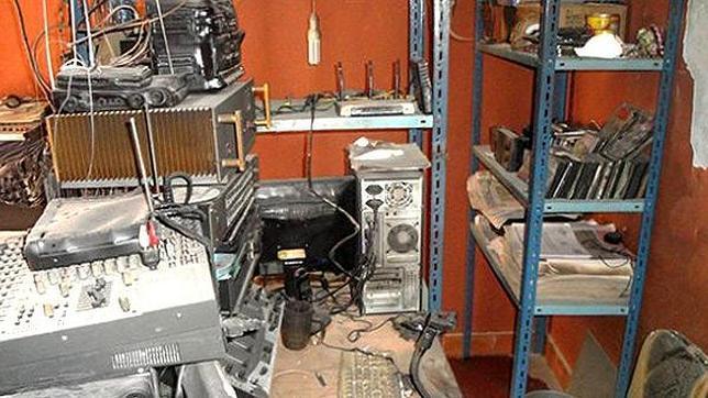 Queman a un periodista en pleno programa de radio en Bolivia