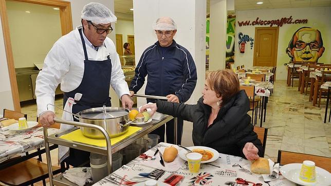 Doce menús para inaugurar el primer comedor social de Europa con ...