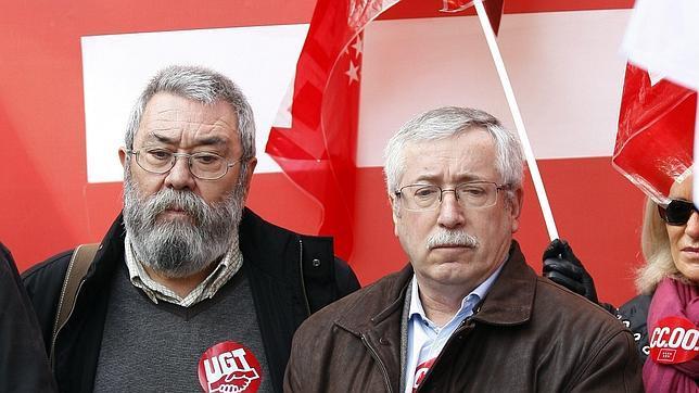 Toxo y Méndez acusan a Rojoy de «criminalizar» y «jibarizar» los servicios públicos