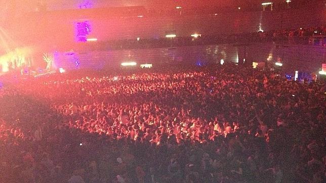 Mueren tres chicas por un avalancha en la fiesta de Halloween del Madrid Arena