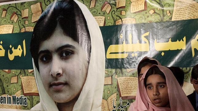 Pakistán alfabetizará a 3 millones de menores para defender la figura de Malala