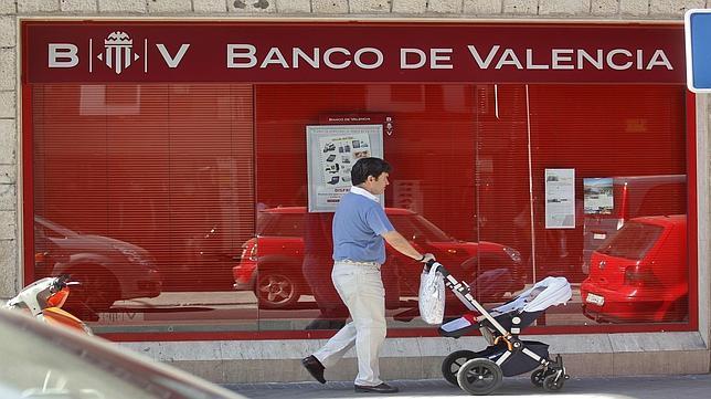 El banco de valencia despedir a 360 empleados y cerrar for Oficinas banco sabadell valencia